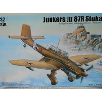 Junkers Ju 87r Stuka 1/32 Trumpeter