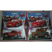 Kit C/ 2 Carrinhos De Brinquedo Filme Carros 2 Mcqueen Cars