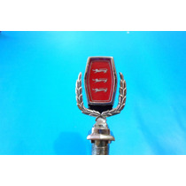 Emblema De Cofre Ford Ltd Galaxie Con Micas Modelo Leones