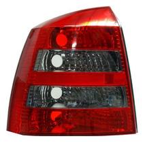 Calavera Chevrolet Astra 2006 5puertas Rojo/bco Oscura Izq