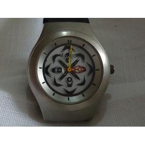 Reloj Le Chateau Vintage Con Segundero En 3d De Colección