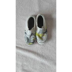 Panchas De Lona Estampada Y Crocs Talle 25