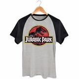 Camiseta Raglan Jurassic Park Parque Dos Dinossauros