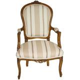 Cadeira Clássico Frances Luis Xv Com Braço Talhada A Mão
