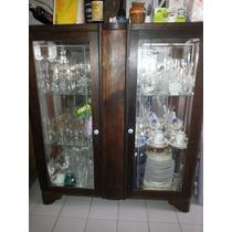 Cristaleira Com 2 Prateleiras De Vidro.