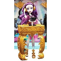 Monster High Spectra Vondergeist Party Lounge