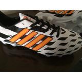 Zapatos De Futbol Únicos !!!!