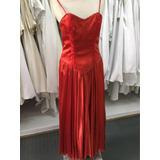 Vestido De 15 Años Rojo De Raso Y Encaje Bordado A Mano
