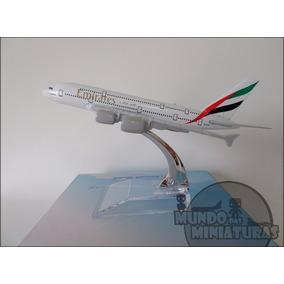Avião Miniatura - Airbus A380-800 Emirates - Em Metal