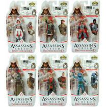 Set Assassins Creed Brotherhood Ezio Boneco Conjunto