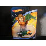Aquaman Auto Coche Super Heroe Dc Hotwheels Diecast Escala
