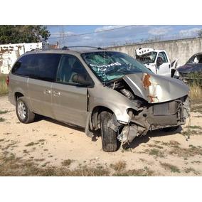 Chrysler Voyaguer 2005, Town & Country, Deshueso, Por Partes
