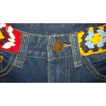 Short De Jeans Con Aplique De Tejido Crochet