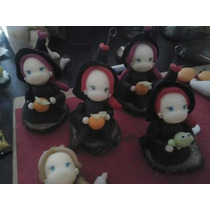 Souvenirs Hada Nenas Brujas Duendas En Porcelana Fria