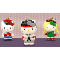 Street Fighter X Hello Kitty Llavero Charm M. Bison Sanrio