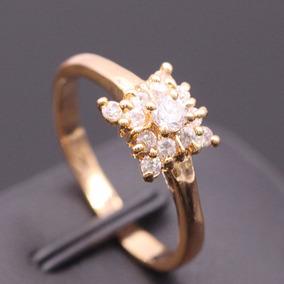Anillo Chapado En Oro De 18k Con Cristales Blancos De Circon