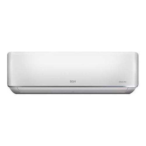 Aire acondicionado BGH Silent Air split frío/calor 2322 frigorías blanco 220V BS26WCCR