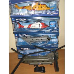 Helicopteros De Metal Y Partes De Plastico A Escala Die Cast