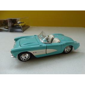 Chevrolet Corvette 1957 1:24 Maisto Verde!