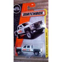 Matchbox 14 Chevy Silverado 1500 Camioneta Blanca