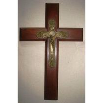 Crucifijo Antiguo De Bronce Con Cruz De Cedro Total 33x24 Cm