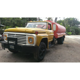 Camion Ford 600 Cisterna