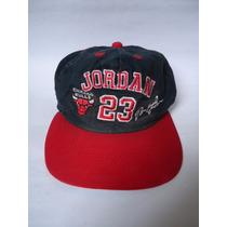 Boné Aba Curva Chicago Bulls Autograf. Michael Jordan 23 Nba