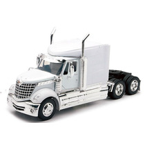 Tracto Camion Trailer International Lonestar Escala 1:32