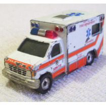 Ambulance Ford Matchbox Premiere China 1993, Llantas De Goma