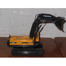 Excavadora Volvo Ec 650 De Metal A Escala 1.50