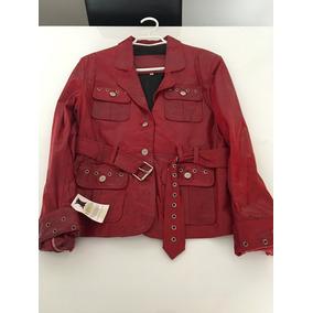 Vendo chaqueta de cuero roja