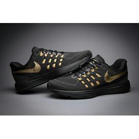 Nike Zoom Vomero 11 ( Solo Pedido)