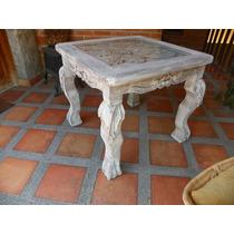 Mesa Vintage Tallada En Madera Y Con Decapado Antiguo