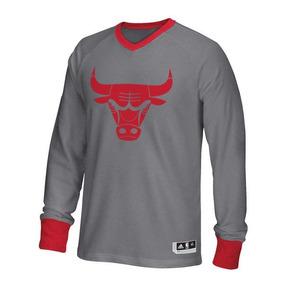 Playera adidas Manga Larga Chicago Bulls Christmas Day