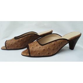 Zapatos Cuero Camel C/puntos Marrones Y Ribeteado En Marrón