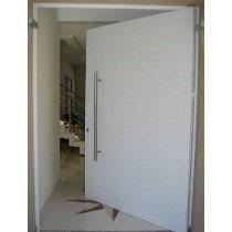 Porta De Alumínio Branco 210 X 120 Cm Pivotante Com Puchador