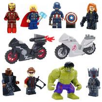 Kit 8 Vingadores + 2 Motos Minifiguras Lego Compatível V10