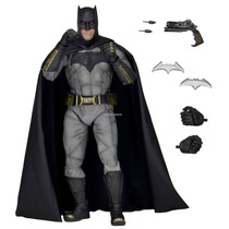 Batman Vs Superman - Escala 1/4 - 45 Cm - Edicao 2016 - Neca