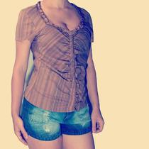 Blusa Pinçada Com Decote (nelly Wan)
