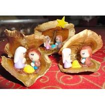 Navidad Pesebres En Cáscara Jacarandá Y Nuez X 10 Unidades