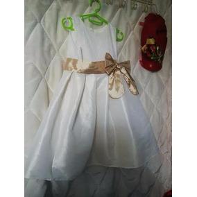 Vestido Blanco Con Dorado De Niña. Importado