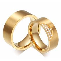 Par Aliança Anel Aço 8 Mm Noivado Casamento Banhada Ouro 18k