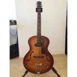 Guitarra Godin 5th Avenue Cognac Burst