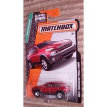 Matchbox Jeep Cherokee Trailhawk Camioneta Roja
