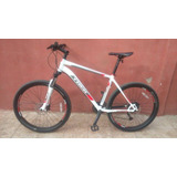 Bicicleta Trek 4300 Disc