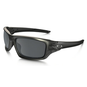 Oakley Valve 9236-06 Matte Grey Mica Black Iridium Polarized