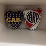 Almohadon Escudo River - Boca - Racing - Independiente Casla