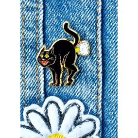Pin Importados Gato Negro. Estilo Complot Ay Not Dead Levis