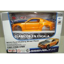 Ford Mustang 2014 Street Racer - Para Armar - Maisto 1/24