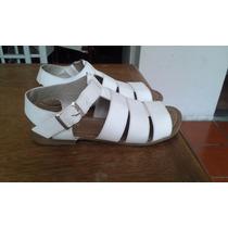 Sandalias Blancas Juveniles De Moda!
